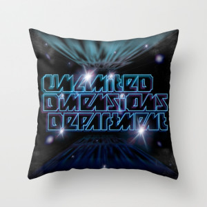 Unlimited Dimensions Department_THROW PILLOW